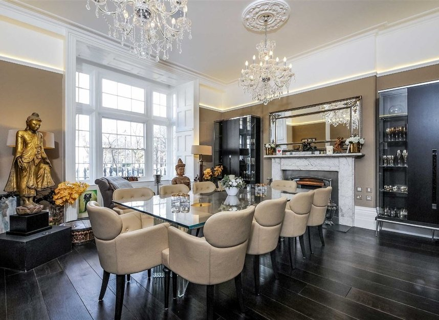 Properties for sale in Myddelton Square - EC1R 1XX view2