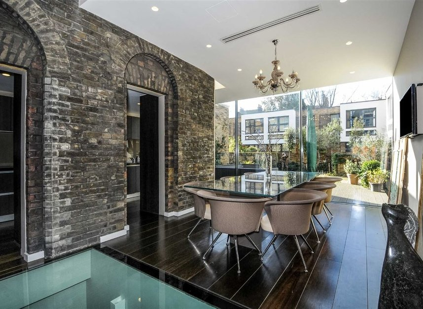 Properties for sale in Myddelton Square - EC1R 1XX view3
