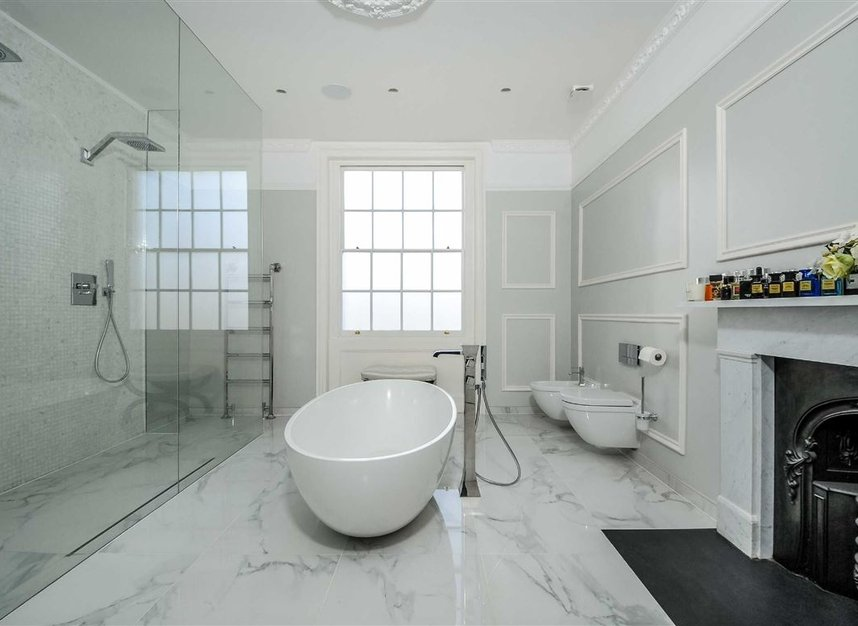 Properties for sale in Myddelton Square - EC1R 1XX view8