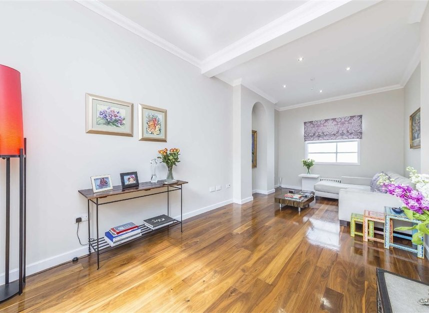 Properties for sale in Napier Road - W14 8LQ view3