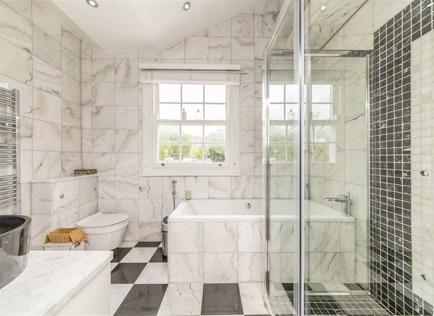 Properties for sale in Napier Road - W14 8LQ view8