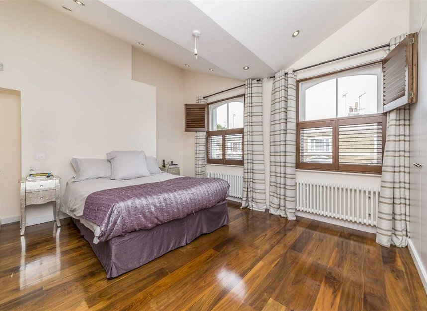 Properties for sale in Napier Road - W14 8LQ view6