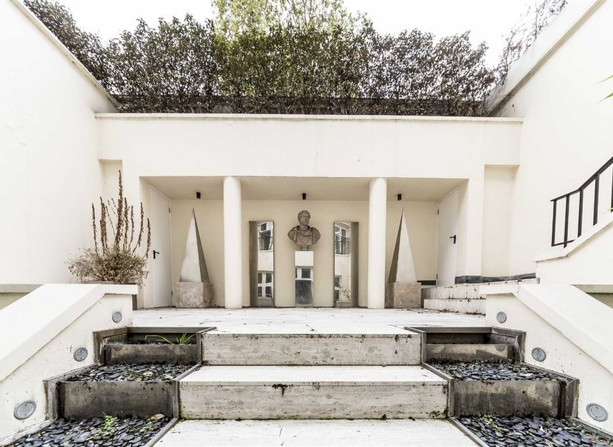 Properties for sale in Park Lane - W1K 7AD view7
