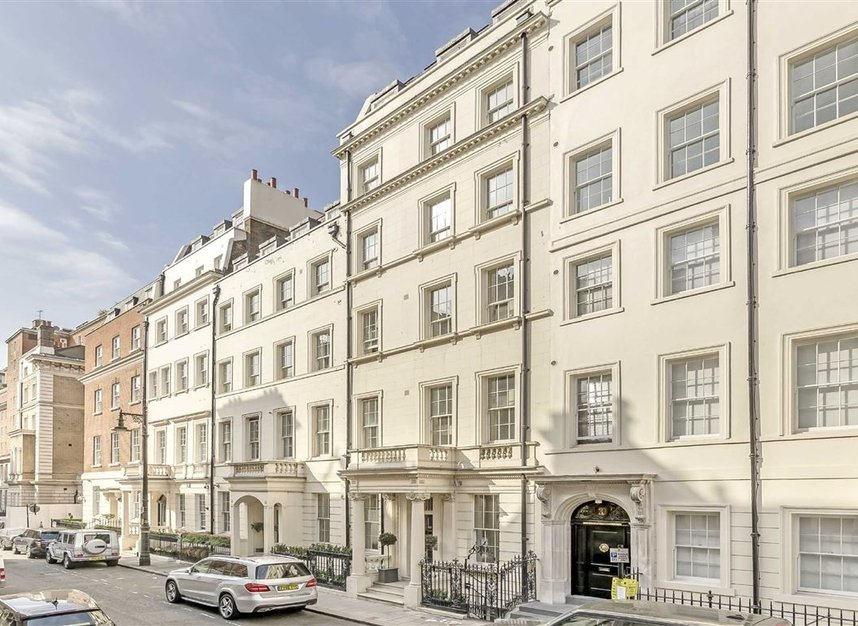 Properties for sale in Park Lane - W1K 7AD view2