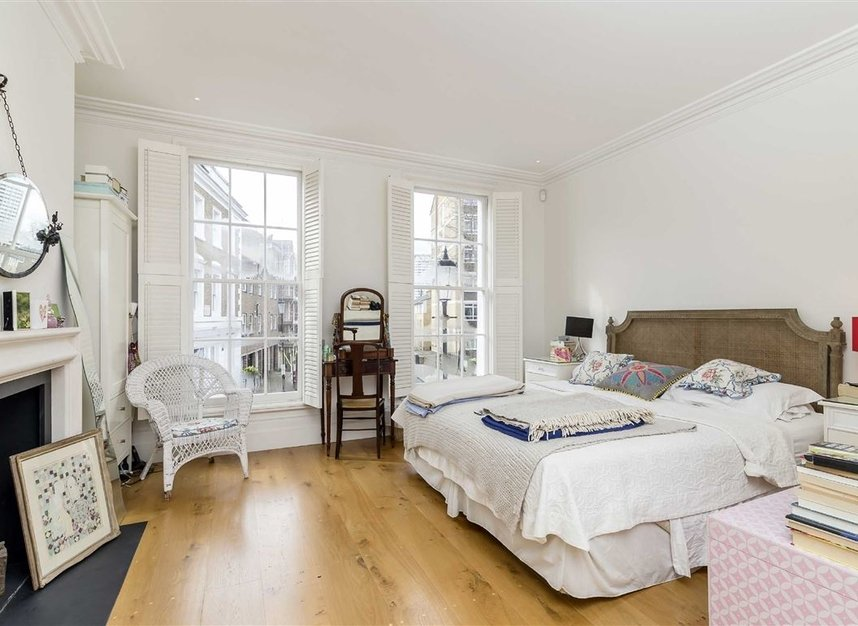 Properties for sale in Princedale Road - W11 4NL view7