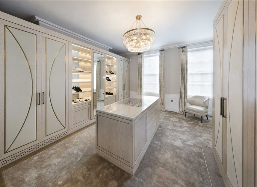 Properties for sale in Queen Annes Gate - SW1H 9AB view10