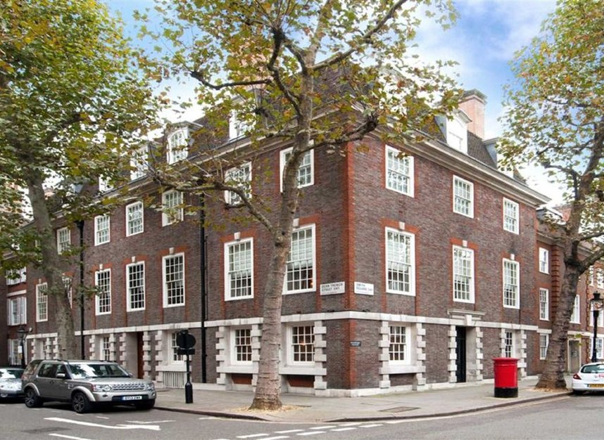 Properties for sale in Smith Square - SW1P 3HL view4