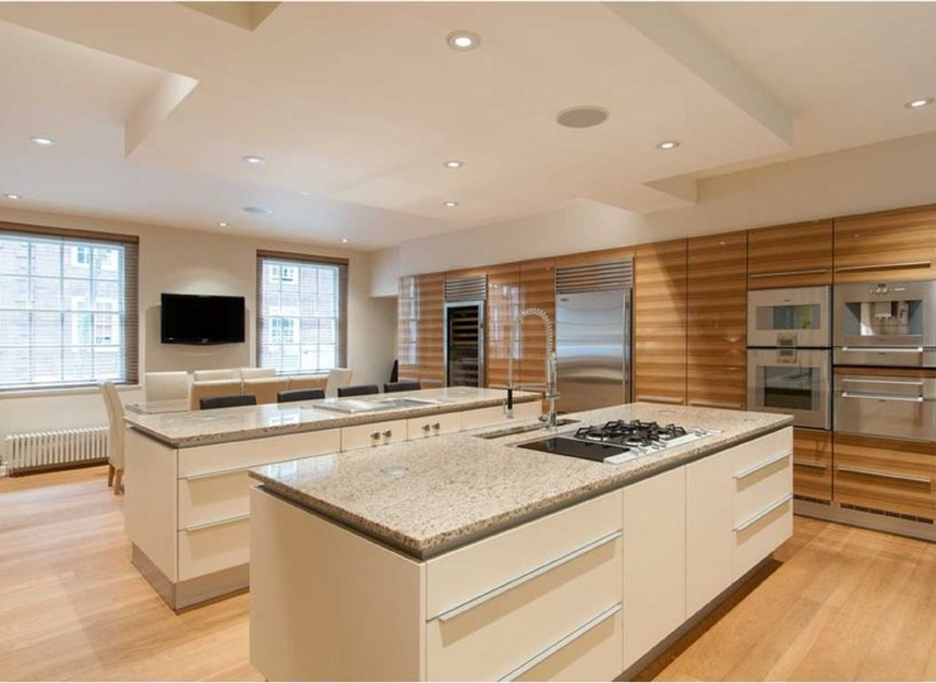 Properties for sale in Smith Square - SW1P 3HL view6