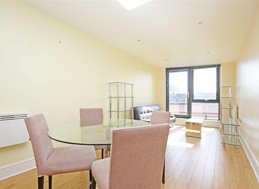Properties for sale in Southwark Bridge Road - SE1 0BQ view2