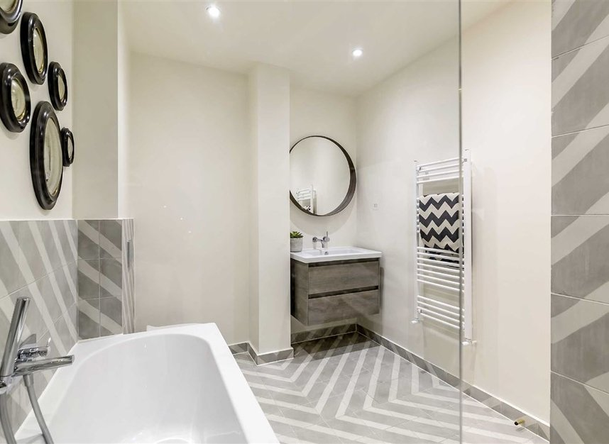 Properties for sale in St. Lawrence Terrace - W10 5ST view13