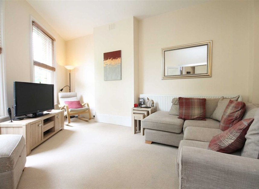 Properties for sale in St. Margarets Road - TW1 2LJ view2