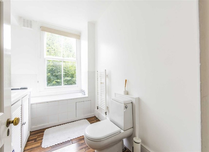 Properties for sale in St. Martin's Road - SW9 0SW view8