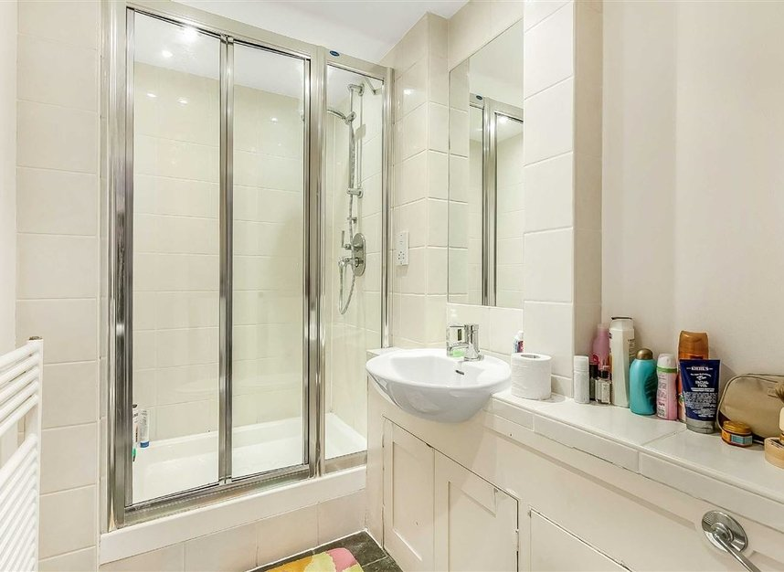 Properties for sale in Trinity Church Square - SE1 4HU view6