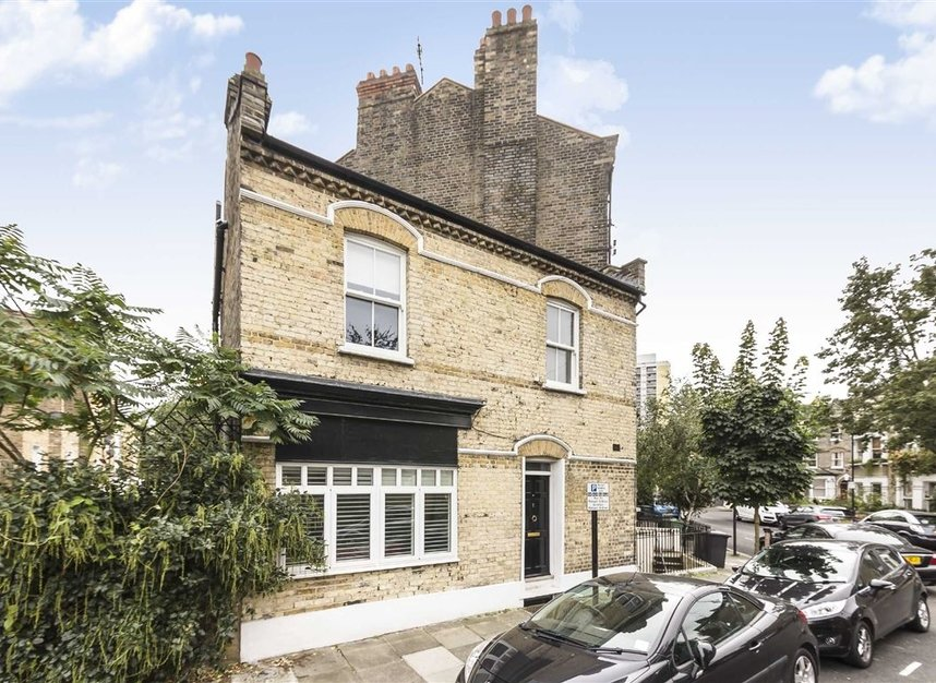 Properties for sale in Vauxhall Grove - SW8 1TD view1
