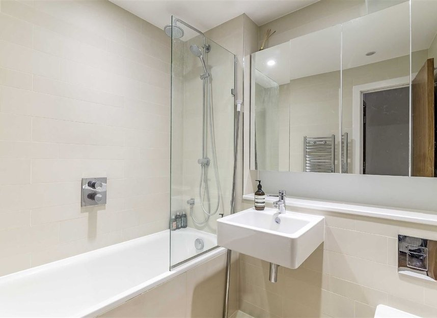 Properties for sale in Warren Street - W1T 5LR view5