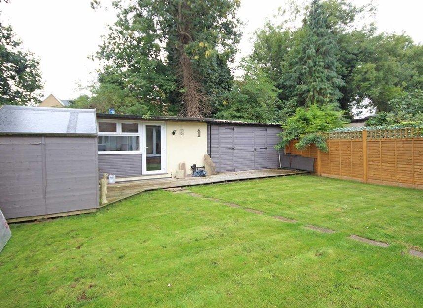 Properties for sale in Willow Way - TW16 6BT view6