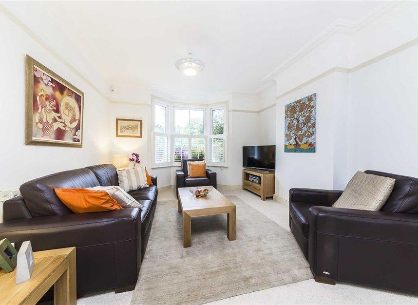 Properties for sale in Worple Road - TW7 7AP view2