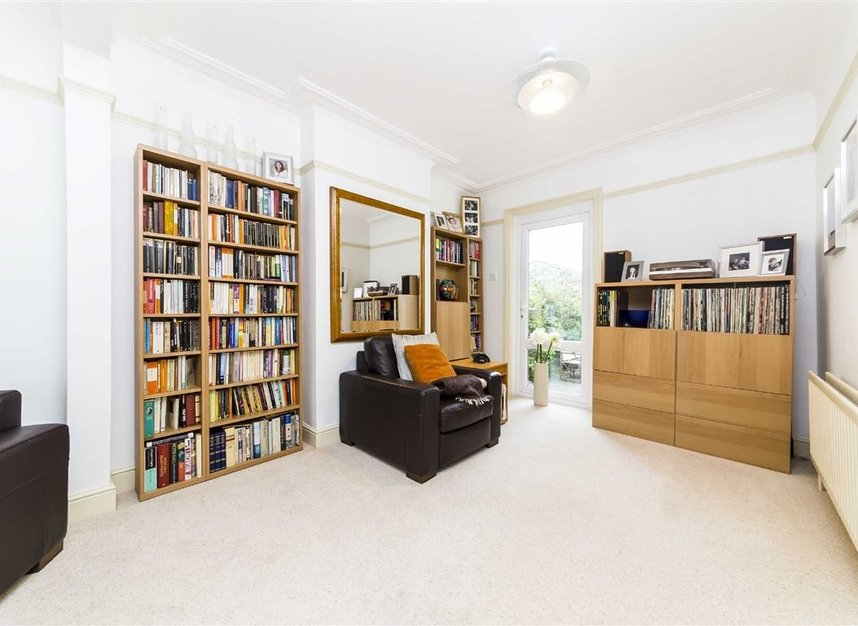 Properties for sale in Worple Road - TW7 7AP view3