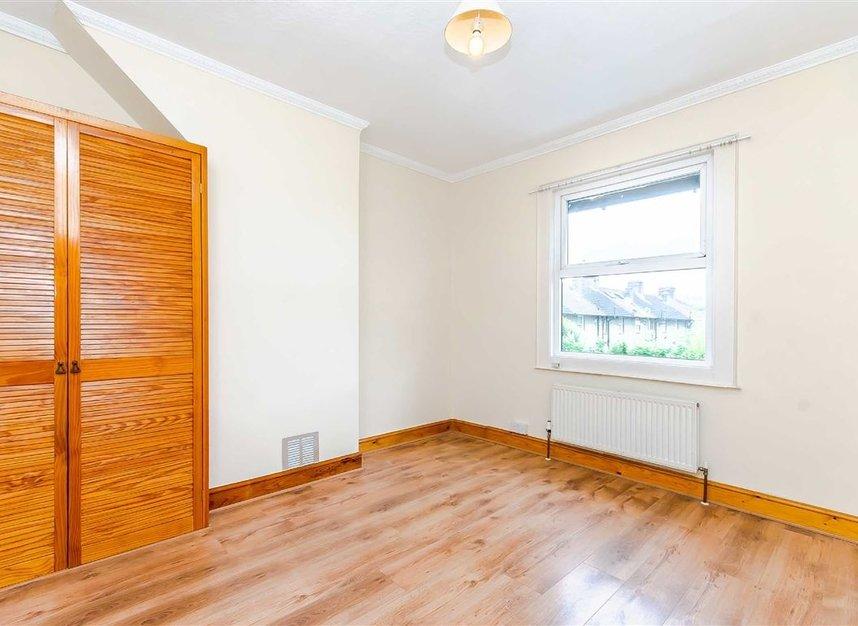 Properties for sale in Wulfstan Street - W12 0AD view5