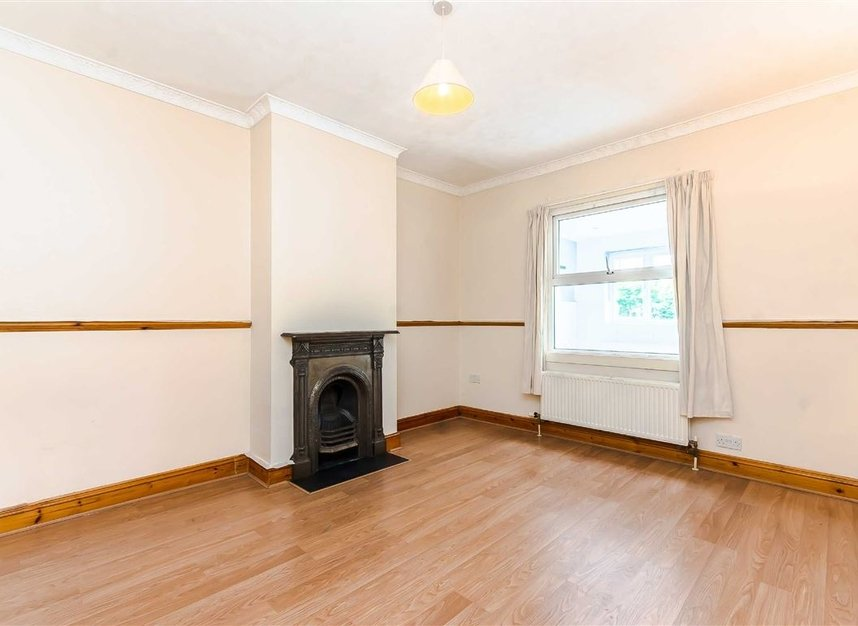 Properties for sale in Wulfstan Street - W12 0AD view3
