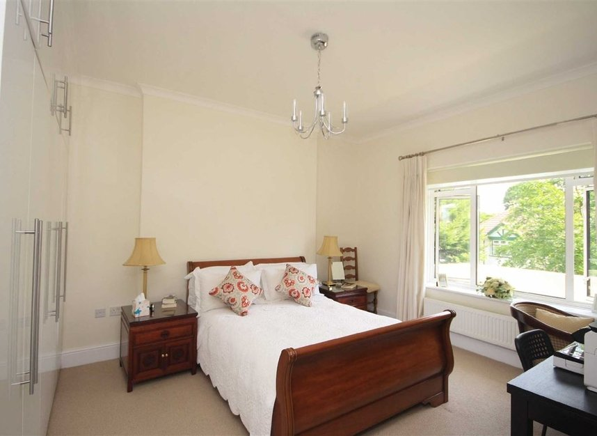 Properties to let in Arlington Road - TW1 2AU view4