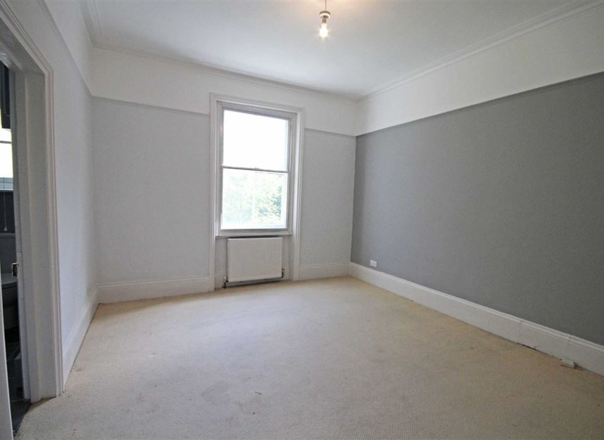 Properties to let in Avonmore Road - W14 8RS view4
