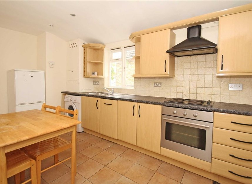 Properties to let in Bollo Bridge Road - W3 8AT view3