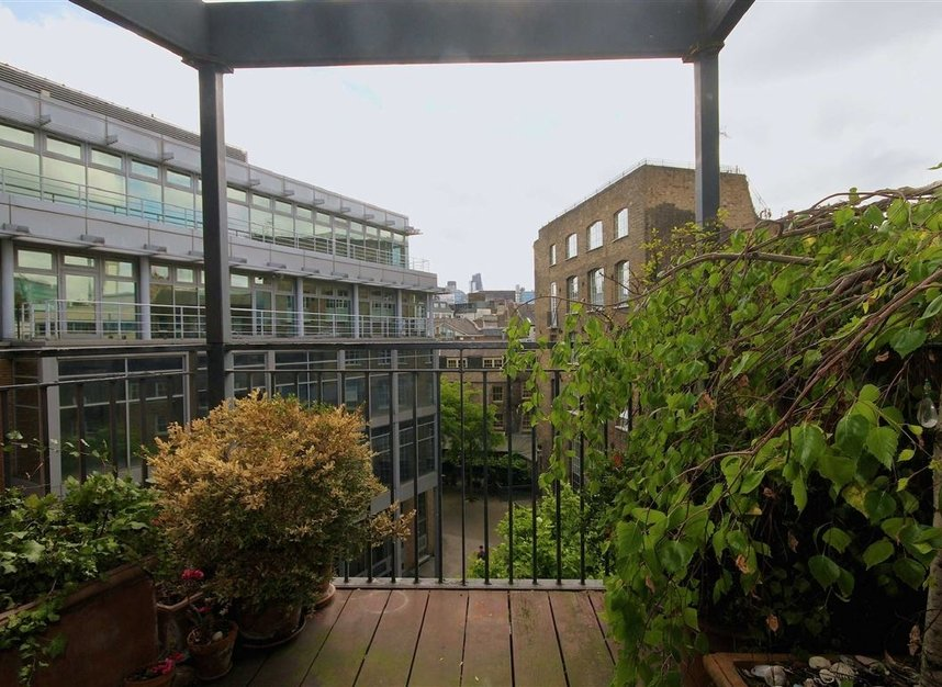 Properties to let in Britton Street - EC1M 5UG view6