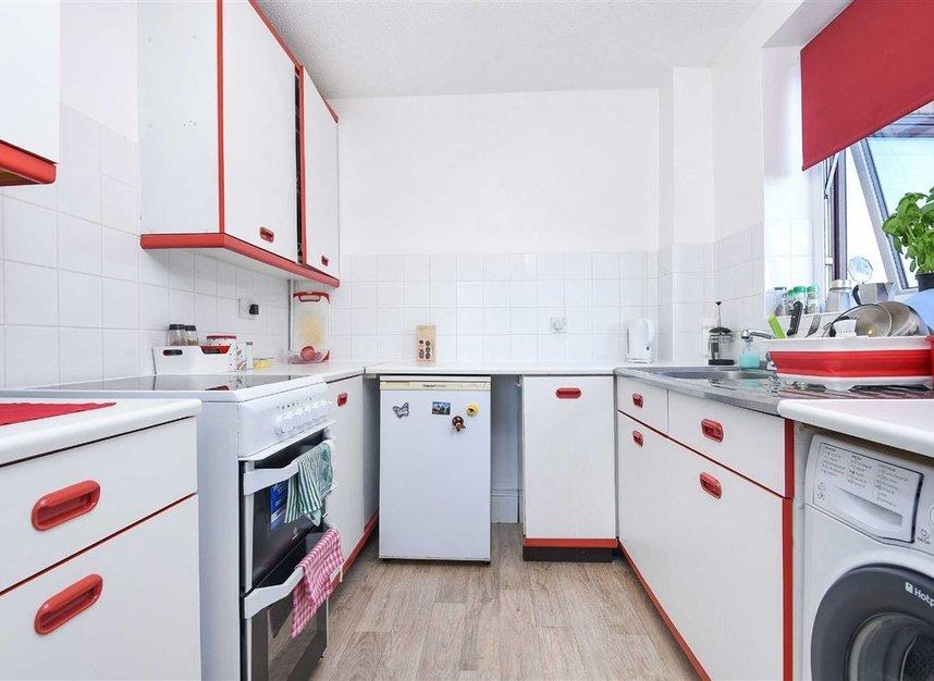 Properties to let in Caledonian Wharf - E14 3EN view4