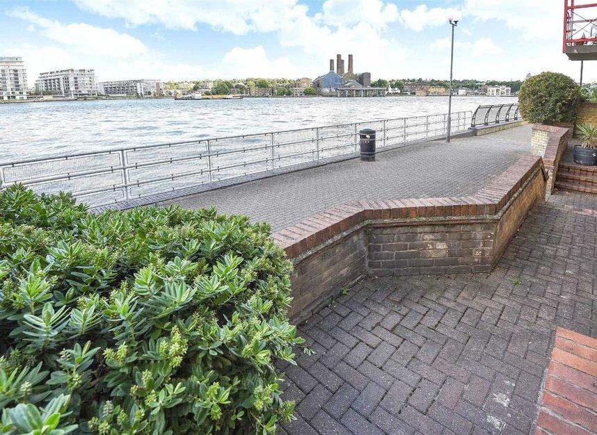 Properties to let in Caledonian Wharf - E14 3EN view6