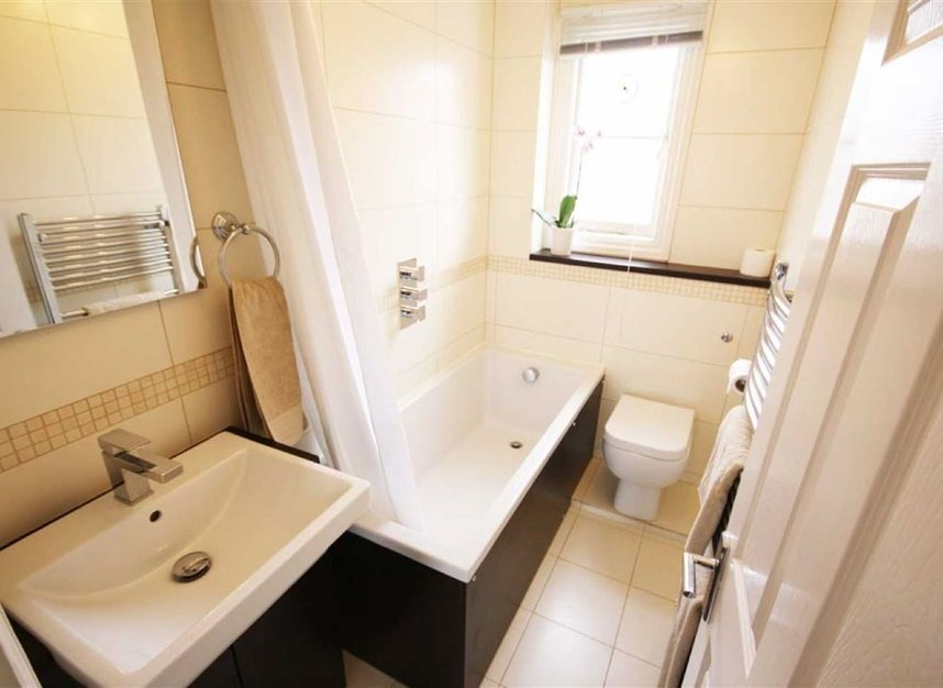 Properties to let in Comeragh Road - W14 9HP view5