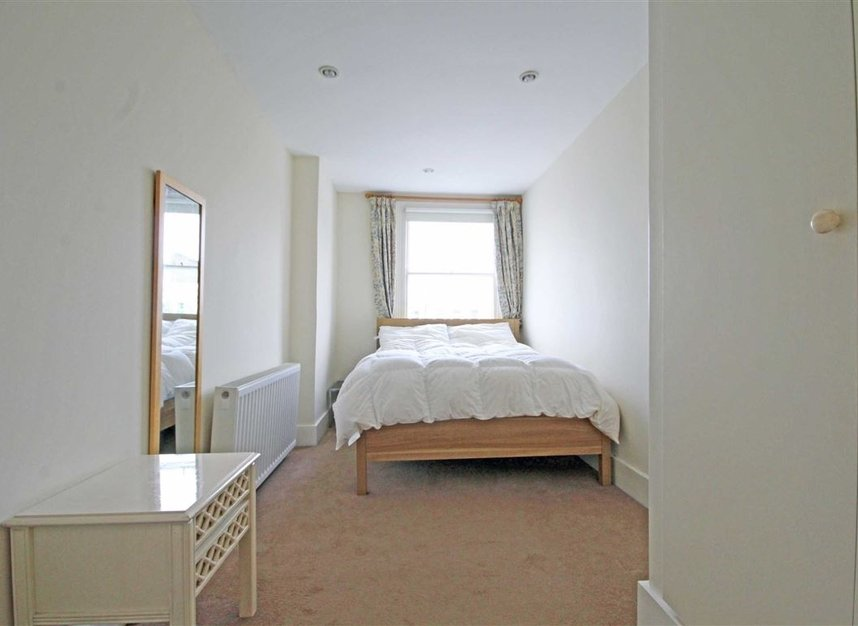 Properties to let in Comeragh Road - W14 9HP view4