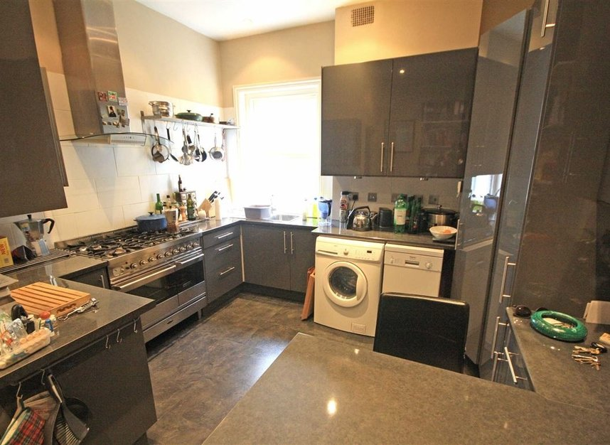 Properties to let in Corfton Road - W5 2HS view2