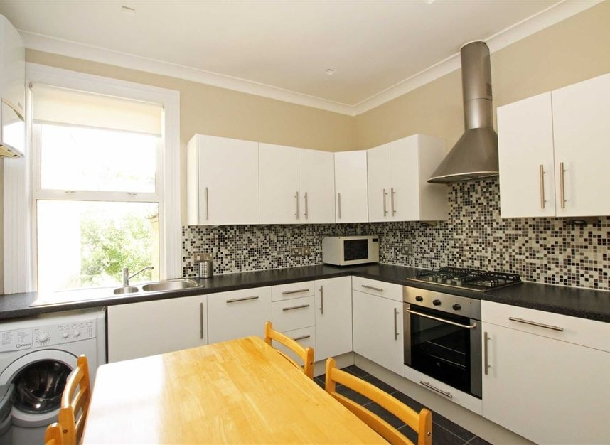 Properties to let in Cornwall Grove - W4 2LB view3
