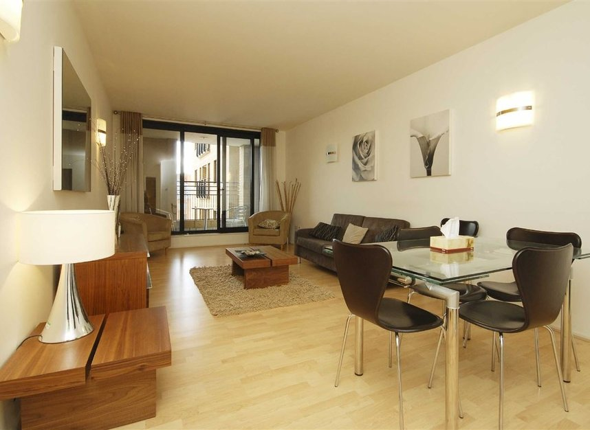 Properties to let in Cromwell Road - SW7 4XB view2