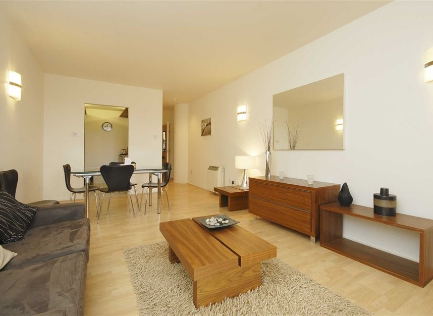 Properties to let in Cromwell Road - SW7 4XB view4