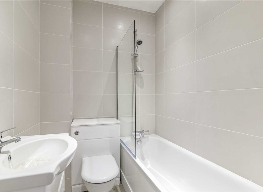 Properties to let in Croxley Road - W9 3HL view5