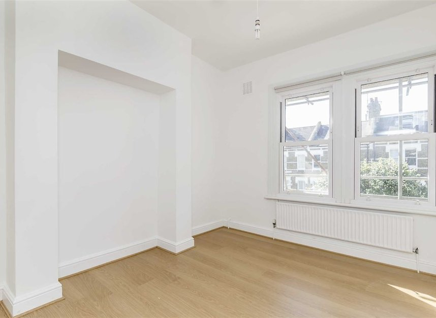 Properties to let in Croxley Road - W9 3HL view4
