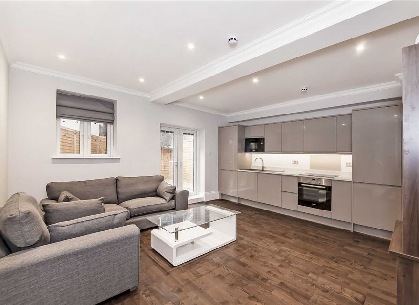Properties to let in Edith Grove - SW10 0NH view2