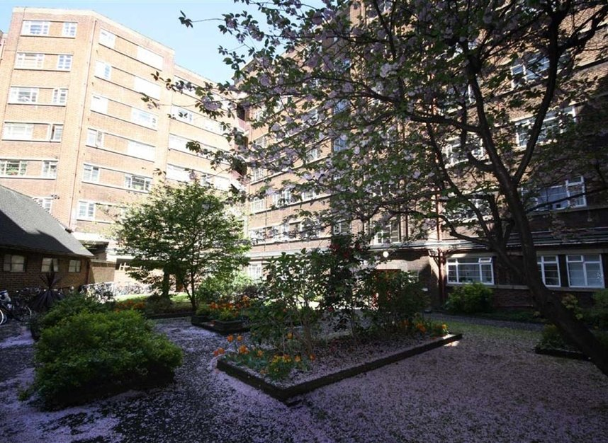 Properties to let in Edith Villas - W14 9AA view4