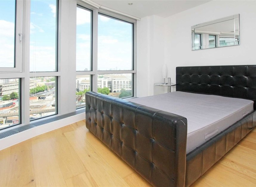 Properties to let in Fairmont Avenue - E14 9JB view3