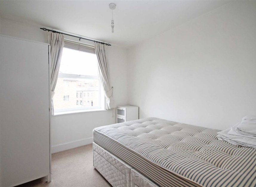 Properties to let in Fulham High Street - SW6 3JH view4