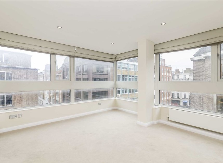 Properties to let in Great Portland Street - W1W 7JZ view4