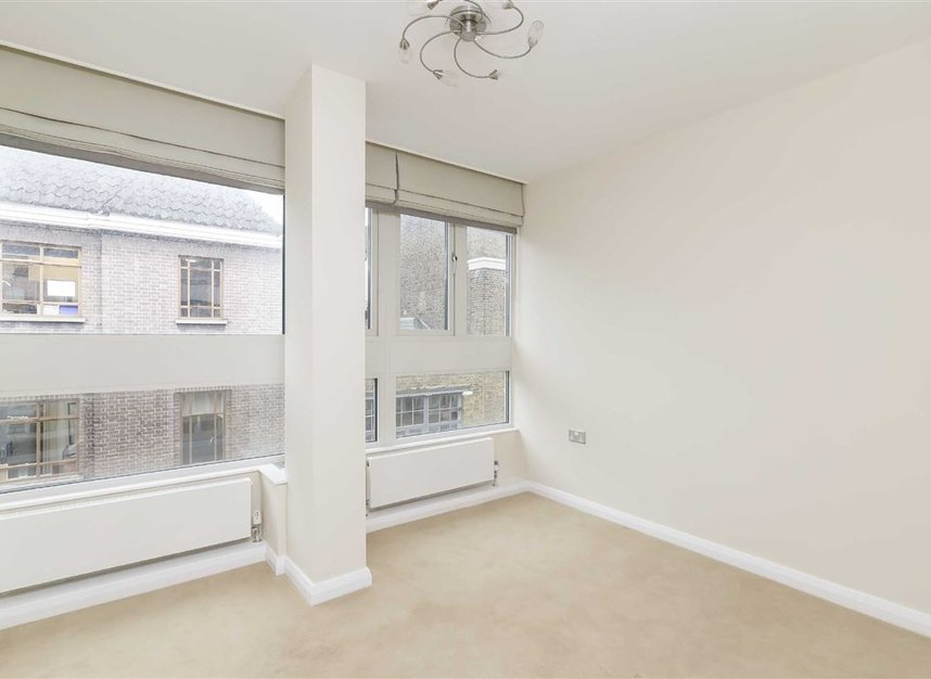 Properties to let in Great Portland Street - W1W 7JZ view5