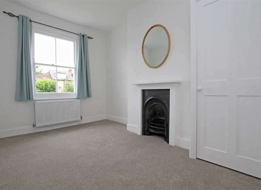 Properties to let in Hardy Road - SW19 1JB view6
