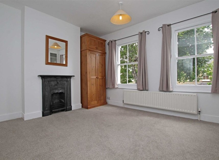 Properties to let in Hardy Road - SW19 1JB view5