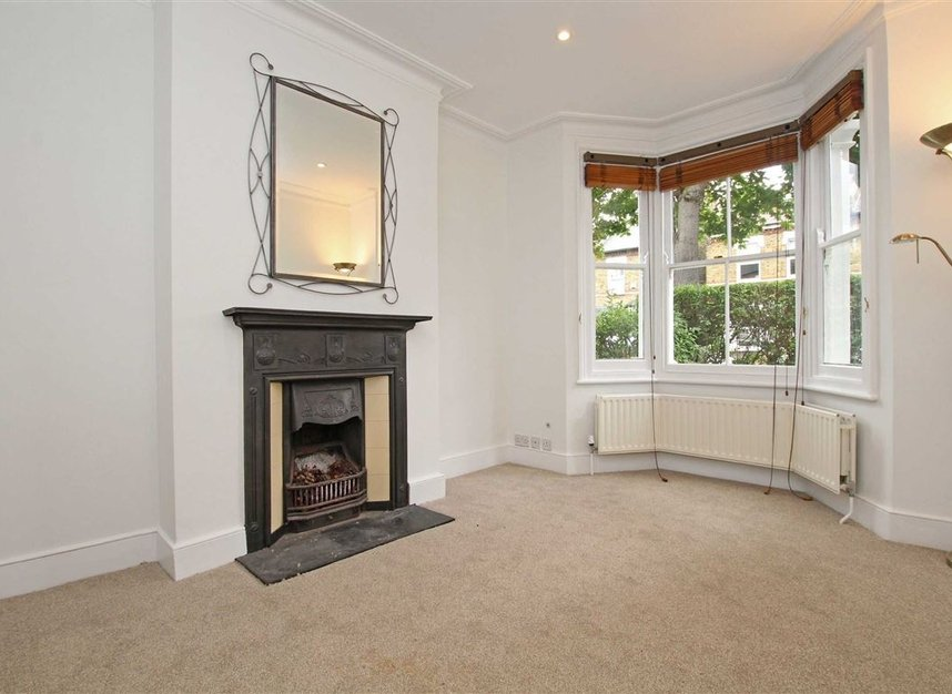 Properties to let in Hardy Road - SW19 1JB view2