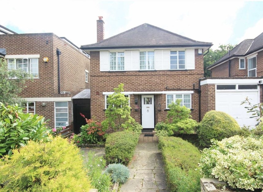Properties to let in Heathcroft - W5 3BY view1
