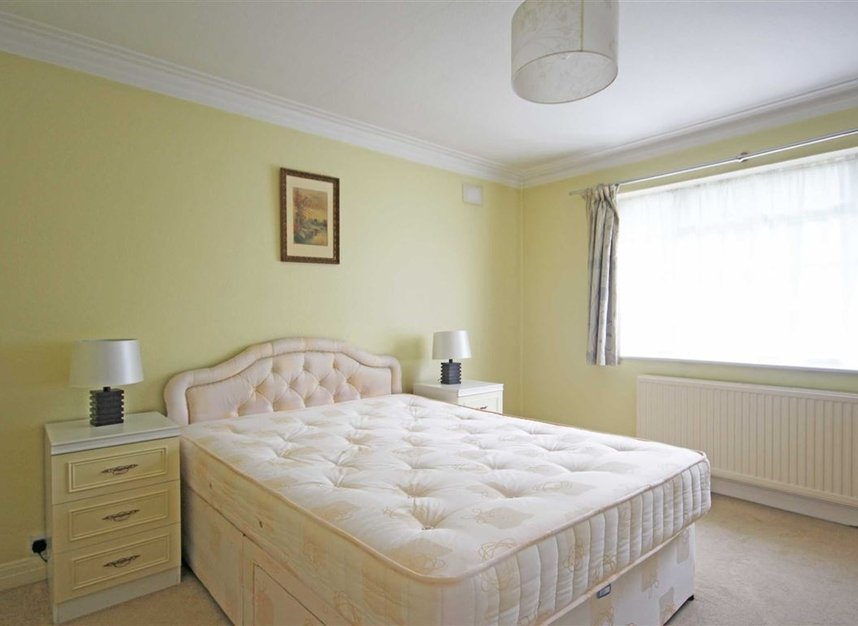 Properties to let in Heathcroft - W5 3BY view4