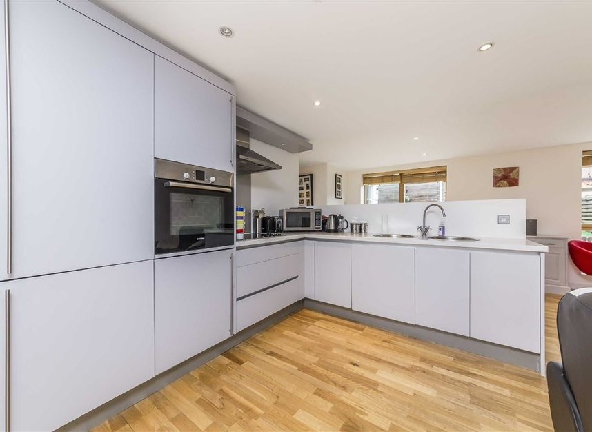Properties to let in Lacy Road - SW15 1PR view2